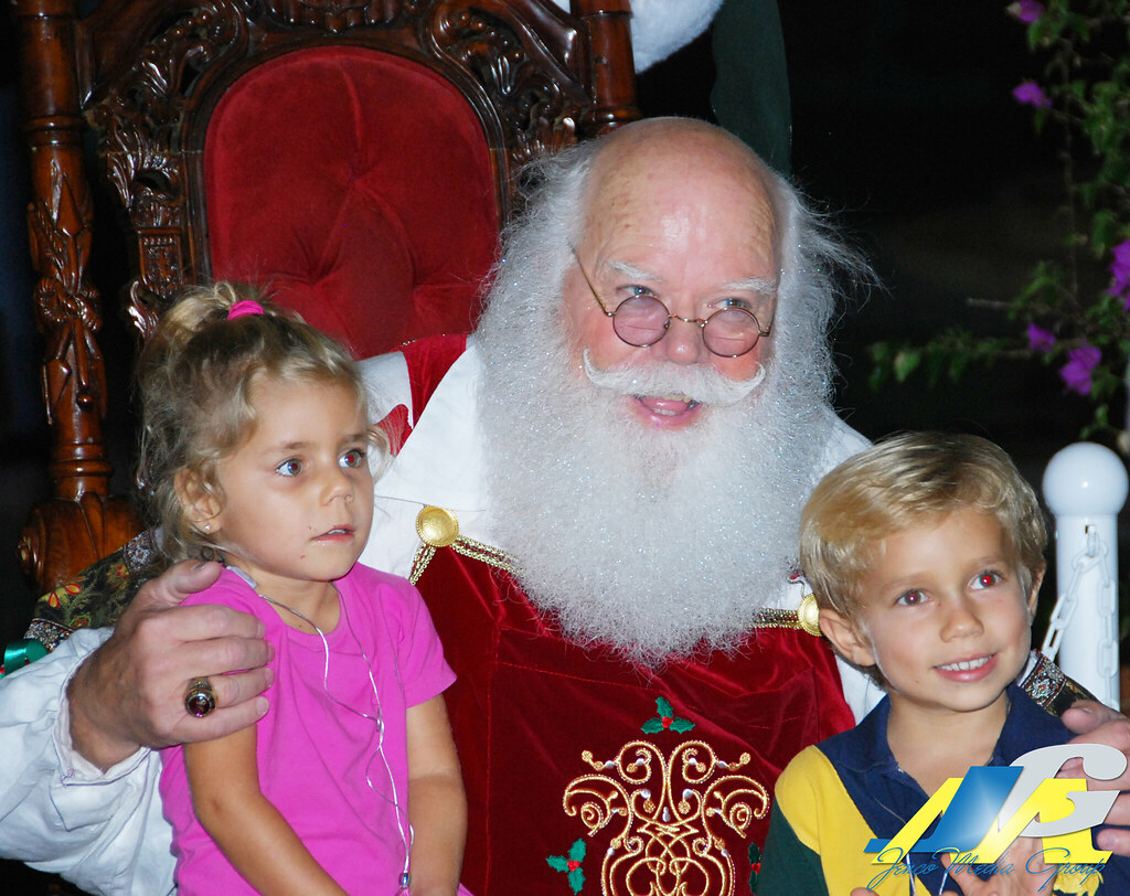 Mizner Park Annual Tree Lighting