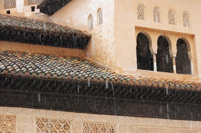 Patio de los Leones Alhambra rain