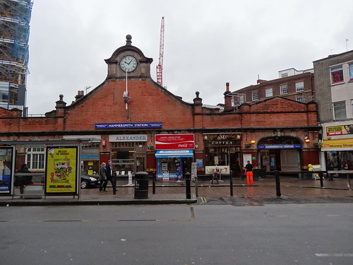 Hammersmith Station front for Hammersmith & City and Circle lines