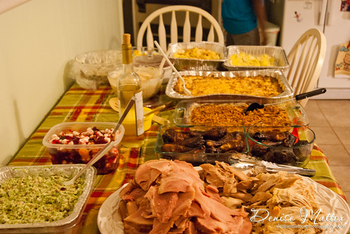 013: Thankgiving Day feast
