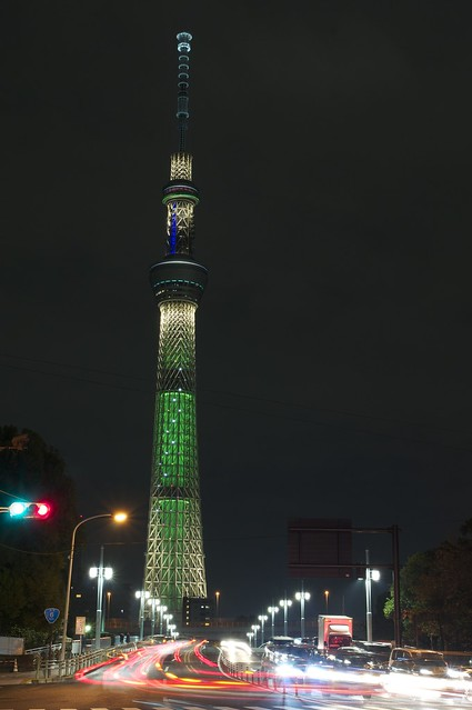 東京スカイツリー「シャンパンゴールド」