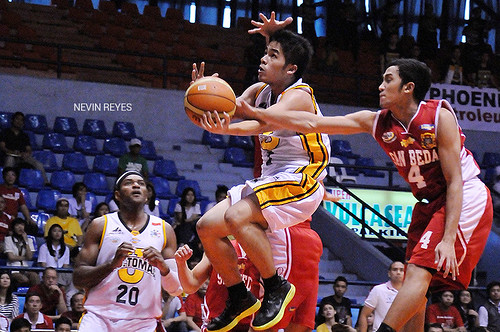 PCCL 2012 Final Four: UST Growling Tigers vs. San Beda Red Lions, Nov. 23