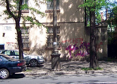 "Graffiti on the side of an apartment building in Odessa:  ""NATO? No!"""