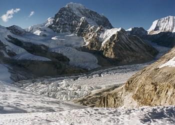 View from the Tesi Lapcha