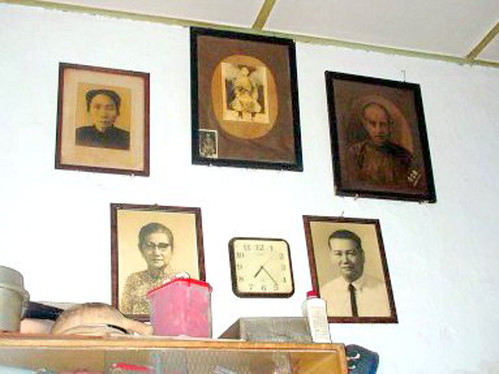 Ancestor photos in Batu Pahat