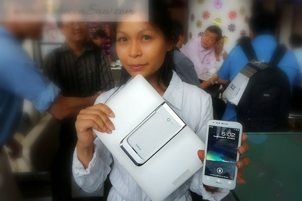 asus padfone 2 launch - rebecca saw blog (1)