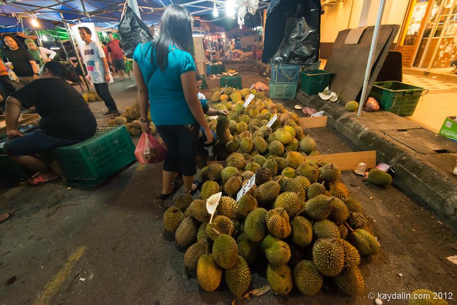 kuching night market