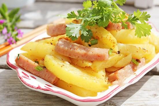 Image result for cách xào khoai tây thit hop