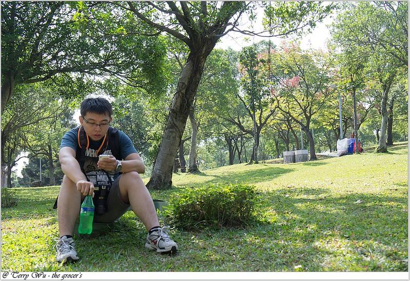 2012-11-10 姐妹會的老人團健行-大安森林公園-12
