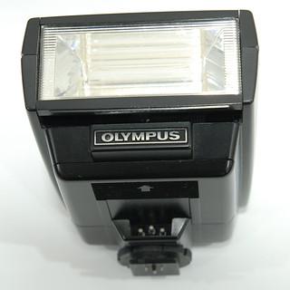Вспышка Olympus T 32