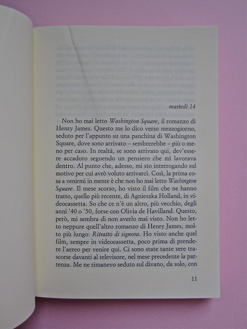 Angelo Morino, In viaggio con Junior. Sellerio 2002. [resp. grafica non indicata], alla cop.: Great Wave, di Michael Langenstein. Pagina 11 (part.), 1