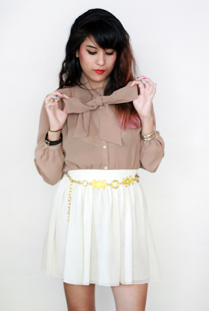 Tarte Vintage chiffon button-up tied blouse