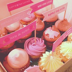 Little box of minis for a wedding client, wanted samples of their cakes :) too cute!