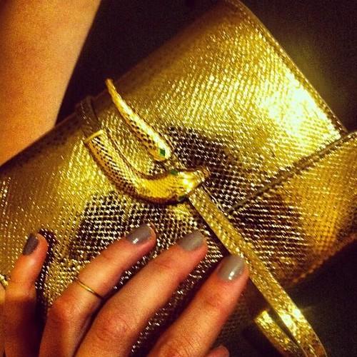 anillo ana de armas Gemmasu premios GQ