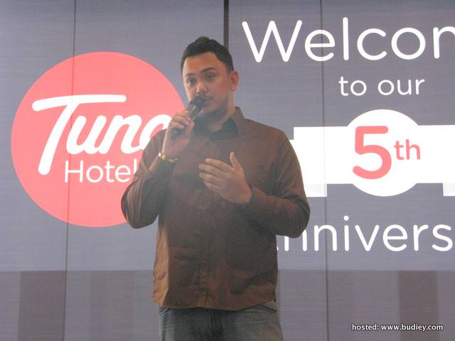 Imran Ajmain at Tune Hotels & Gua's 5th Anniversary Celebration