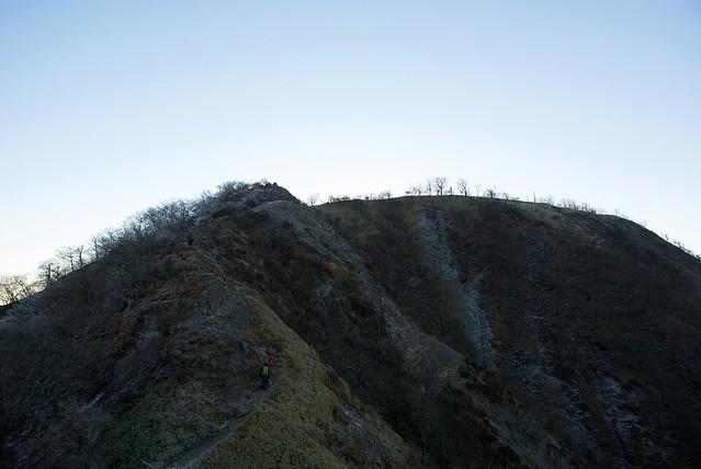 寒々しい鬼ヶ岩