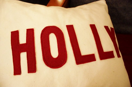 canvas-christmas-pillows