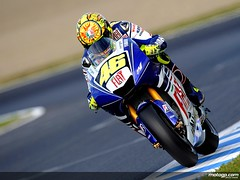 Big Valentino+Rossi+in+action+in+Motegi