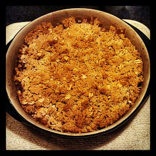 #applecrisp from scratch and fresh out of the oven! #apples #yumo #baking #food #desserts #sodelicious