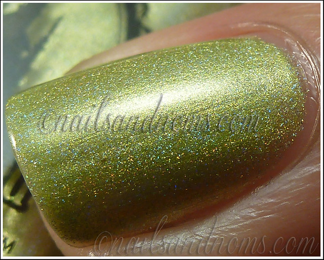 Enchanted Polish Ho Ho Holoday - Green Peace On Earth 3