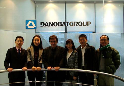 Periodistas chinos con Oscar Urdangarín, director comercial de danobatgroup.