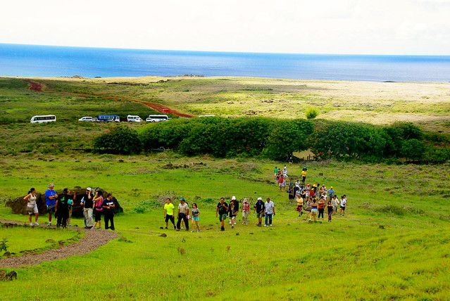 easter island travel, tourism