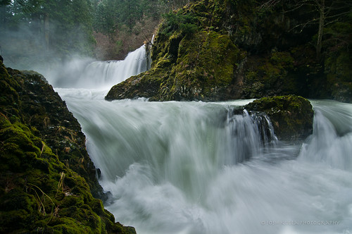 longexposure water washington nikon whitewater rapids waterfalls columbiarivergorge manfrotto columbiarivergorgenationalscenicarea spiritfalls littlewhitesalmonriver washingtonwaterfalls columbiarivergorgewaterfalls washingtonlandscapes pacificnorthwestwaterfalls tokina1116mm joshkulla nikond300s joshkullaphotography pacificnorthwestlandscapephotographers