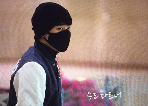 Big Bang - Gimpo Airport - 27feb2015 - Seung Ri - SR_VI_LOVE - 02