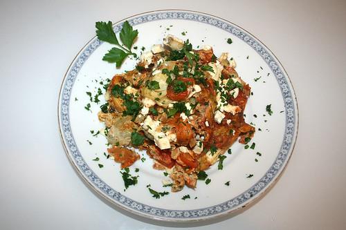 35 - Rührei mit Artischockenherzen & Kirschtomaten / Eggs with artichoke heart & cherry tomatoes - Serviert