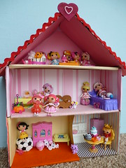 dollhouse, toy,