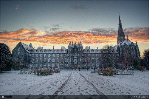 ireland winter snow clouds flickr dusk photooftheweek quadrangle maynooth kildare historicbuilding photomatix nuim tonemapped spcm