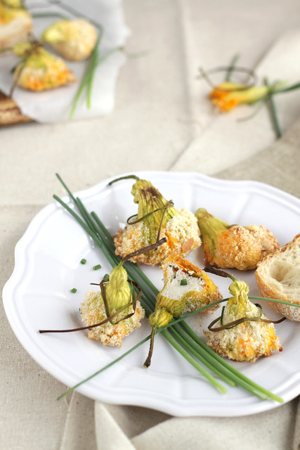 Squash blossoms stuffed with ham mousse1