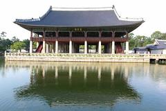building(0.0), palace(0.0), pagoda(0.0), pavilion(1.0), shinto shrine(1.0), chinese architecture(1.0), reflecting pool(1.0), place of worship(1.0), shrine(1.0),