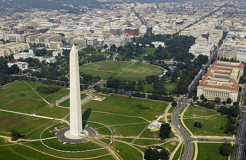 the Washington Monument, White House, & downtown DC (by: US Navy)