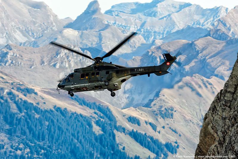 Swiss AF Aerospatiale AS 332 Super Puma descending from Axalp