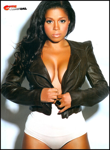 MASHONDA KING MAGAZINE PHOTOSHOOT VIDEO  . behind the scenes video from mashonda photo shoot with king mag
