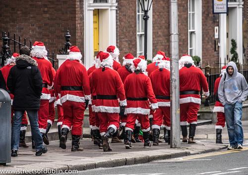 Santa's Crew - Dublin City Centre (Ireland) by infomatique