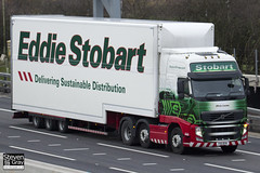 Volvo FH 6x2 Tractor - PX11 BYK - Olivia Louise - Green & Red - 2011 - Eddie Stobart - M1 J10 Luton - Steven Gray - IMG_0236