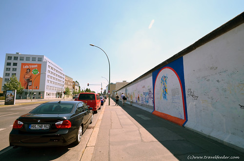 Berlin_Wall_remains-2