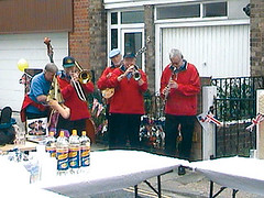 Several vets in England took up their  instruments and played for crowds  at the pubs.
