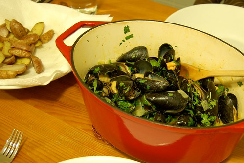 296: Coconut curried mussels