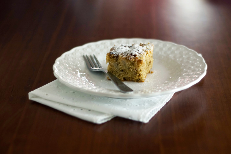 Bolo crumble de pêra e avelãs // Pear Hazelnut Cake