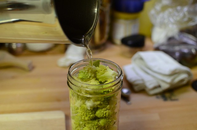 pouring pickling liquid