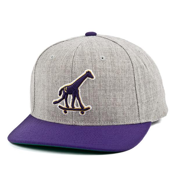 LRG GIRAFFE HAT-P 1,390