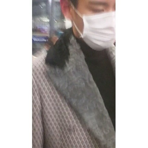 TOP - Hong Kong Airport - 15mar2015 - littlekam705 - 02