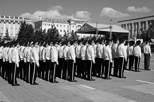 парад стрит строй чернобелое чб монохром blackandwhite bw street streetphotography уланудэ monochrome parade order