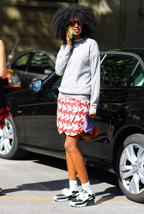 chics_kicks_skirt_julia_sarr_jamois_sneakers_trainers