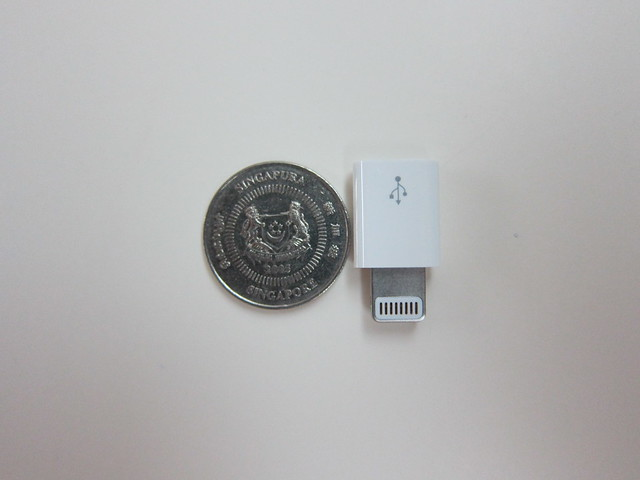 Apple Lightning to Micro USB Adapter - Compared With Singapore 10 Cent Coin