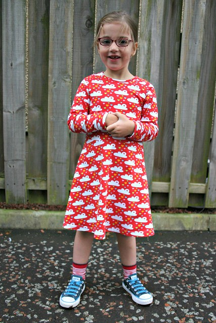 red cloud dress full 3