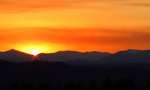 sunset northcarolina blueridgeparkway westernnorthcarolina southernappalachians mountjeffersonoverlook canonpowershotsx40hs